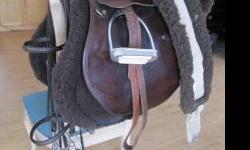 """Collegiate Laureate 6519, All Purpose, Wide Tree, 17"""" seat saddle with Toklat Cool Back pad, Toklat 54"""" fleece/elastic cinch and full size raised bridle. This saddle was purchased brand new by me when"""