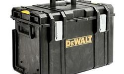 DEWALT Storage System ----- DS 400 Tough System XL ----- 4 mm thick structural foam ---- Integrated water seal ----- Metal carrier ----- Central locking mechanism ----- Inner vertical storage for hand