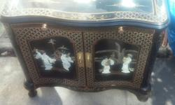 Oriental furniture Chinese end table black lacquer mother of pearlBEAUTIFUL AND RARE, ASIAN / ORIENTAL END TABLE OR NIGHT STAND OR ACCENT TABLE!RAISED DIMENSIONAL JAPANESE / CHINESE / GEISHA GIRLS. TH