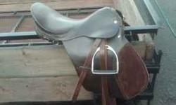 Ride Easy in this Stylish English Saddle! $125 Please Email or call 406-570-3941 with any questions you have. Location: Bozeman