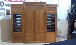 Ethan Allen Country Colors Entertainment Center Armoire w speaker cabinetsAbsolutely beautiful piece of furniture with no damages or scratches. Like New Beautiful Ethan Allen solid wood entertainment