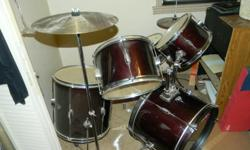Type:DrumsBarely used year 2005 or 2006. New $300 plus tax; asking $175.00.