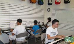Florida Music School and Shop You can be part of Florida Music School with a $25.00 annual registration fee and pay-as-you-go monthly plan.  OUR MUSIC PROGRAM is based on private OR group lessons:  Pr