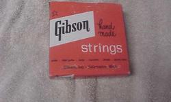 GIBSON GUITAR STRINGS BOX FROM KALAMAZOO MICHIGAN.8.00 CALL MARK 969-9075 BATTLE CREEK