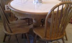 Type: KitchenType: ArticlesKITCHEN TABLE FOR SALE - Round table with 4 Chairs. Great Condition! $175.00 or BO !! Levittown Area. Call 609-220-0974.