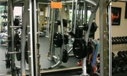 Hoist CF 3753 Commercial 7 Degree Smith Machine Perfect Condition NO weights with machine.... Local PICKUP ONLY No international shipping 7 angle on linear exercise movement EZ-LOC LATCHING MECHANISM