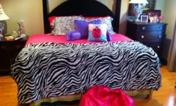 Queen Hot pink Comforter with Zebra Throw/Quilt from Belk  (Got this for Christmas but we changed plan for bedroom) Comes with new Zebra sheets and bedskirt  For more info please call two two nine 251