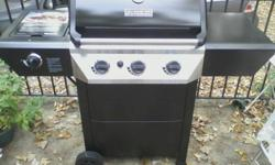 Master Forge 4-Burner Gas Grill w/ Side Burner.It'n in excellent condition, but it's about a year old.