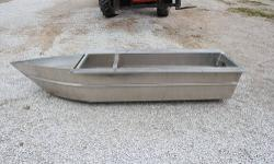 """The 105"""" Long transom pod is for up to 200 hp motors, can be used with or without a center tube and supports a single pole ski tow pylon. This unit with ski pylon is only $500 - I have one left. Quest"""