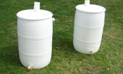 55 gallon food grade barrels with 2 bungs White contained drink concentrate. 18$ each or $15 each if four or more will deliver for $0.55/mile if between west Knoxville and Blaine using mileage from cl
