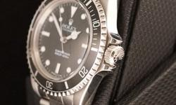 The Rolex Submariner 5513 is the original Submariner. It is the embodiment of genius design as it represents everything a tool watch should be yet looks equally as cool with a suit and tie. This parti