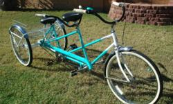 This is one of a kind, 1966 Schwinn single speed custom cruiser. A lot of time and love of the arts went into creating this one of a kind 3 wheeler tandem. all Schwinn parts. completely stripped of pa