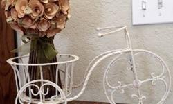This charming Shabby Chic Painted White Wrought Iron Bicycle Plant Stand has a whimsical vintage feel and is designed with aging in all the ideal locations (don't we all wish we might state that ???).