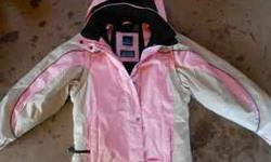 womens medium pink snozu winter jacket (waterproof and breathable) $7 email or txt 715-817-3107 Location: solon springs, wi