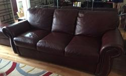 This traditional-style suite (3 person sofa, 1 recliner, i armchair and ottoman) features rolled arms and nailhead trim. I am moving away so have to sell. The suite was purchased orginally from Raymou