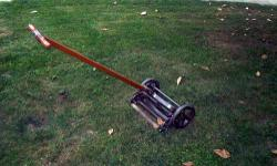 THIS GREAT LAWN MOWER HAS BEEN COMPLETELY REFURBISHED. IT HAS BEEN DISASSEMBLED, CLEANED AND CAREFULLY REASSEMBLED. IT HAS BEEN REPAINTED IN A HAMMERED BRONZE FINISH WHICH TOTALLY SUITS THE MOWER. IT