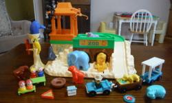 Vintage Fisher Price Little people complete Zoo set with cars, animals, picnic area and 9 people. Has the original box. $20 Kingston TN Vintage Fisher Price Little people Main Street set with 4 cars,
