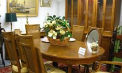 Very great - clean condition - mid-century dining-room set ... Includes: Dining table with 2 leaf inserts. Matching chairs - six total amount. PLUS matching side board cabinet Both have a luxurious bu