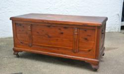 """VINTAGE LARGE RED CEDAR HOPE CHEST  Made By: Standard   Approximate Size:. 45.50"""" Long. 20.50"""" Wide. 22"""" High.   Big vintage STANDARD red cedar hope chest. Cedar chest is in great condition. Strong, t"""
