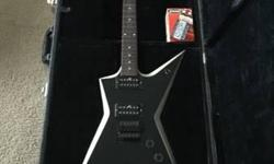MUST SELL BY SATURDAY!!! VERY RARE!!! Signature Dimebag Darrell styling! It features Dime's Stealth body style with beveled edges, Dual WB630 humbuckers, a Floyd Rose-licensed tremolo bridge, locking