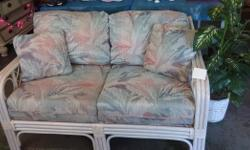 Type:Living RoomType:SofasVisit Thrifty Junction Today!I Sell NICE, CLEAN, New and Gently Pre-Owned Merchandise That I Purchase! I Clean Everything I Buy!This Wicker/Rattan Loveseat Would Look GREAT I