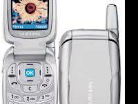 ***THIS IS JUST ONE OF OUR SAMSUNG FLIP PHONES WITH