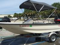 Up for sale is a Mint Condition 2000 Boston Whaler
