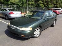 2000 nissan altima in wonderful running condition!.