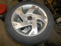 I have a set of 4 Pontiac Vibe Aluminum Wheels with