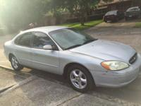 2003 ford taurus excellent conditions, 6 cylinders,