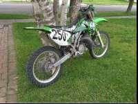 Kx 250 looks real good rides good and starts the first