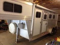 I have a 04 Elite 3 horse slant trailer for sale.