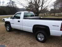 VERY GOOD WORK TRUCK,,04 GMC 2500HD,,AUTO,,AIR,,6.0