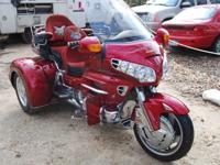 2004 Honda Goldwing 1800cc Trike, Candy Apple Red with