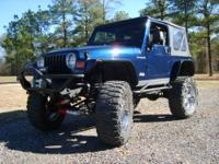 05 JEEP WRANGLER, 4.0L 6CYL, 6 SPEED. 35K MILES. IT HAS