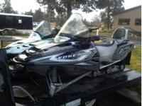 Selling 05 Polaris 550 Trail edge touring sled with 10k