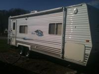 05 Nomad Northtrail 27' bumperpull camper, one