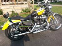 07 harley davidson XL1200C   w/custom paint. yellow