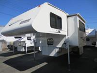 07 LANCE MODEL 1191 CAMPER WELL EQUIPPED WITH LOTS OF