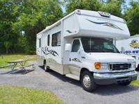 Check out this beautiful 07 WINNEBAGO OUTLOOK 29B, this