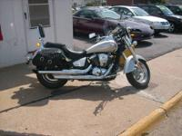 2008 Kawaski Vulcan 900 LT- Full Dresser Beautiful
