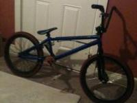 I'm selling a 09 Haro X02 backtrail series BMX bike.