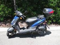 2011 Kymco Agility 50 Scooter, 99mis to the gallon,