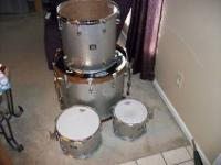 Yes, I am selling my Four pc Silver Sparkle Yamaha Oak