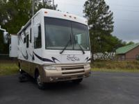 2006 National Surfside 32C Class A GAS, with 2 Slides,