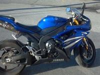 06 Yamaha R1, 18k miles, dual aftermarket two brothers