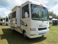 2010 Four Winds Hurricane, Class A Gas, Model 31 D,