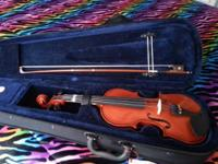 1/4 Anton Breton Student Violin. Almost new, perfect