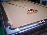 "9' Brunswick Professional Pool Table with a 1"" slate"