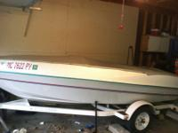 14 ft 2 in 1994 Fourwinns open hull jet boat for sale.